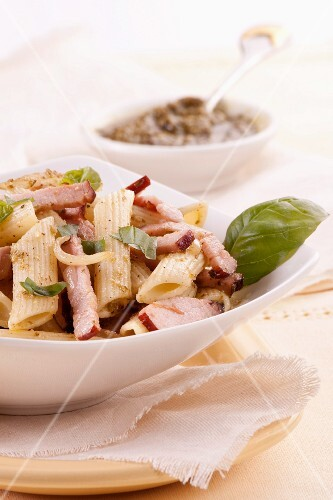 Penne with bacon and pesto