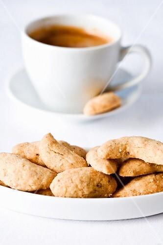 Espresso and hazelnut biscuits