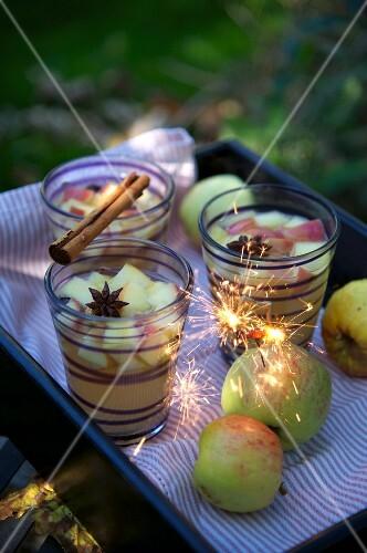 Apple cider for Bonfire Night (England)