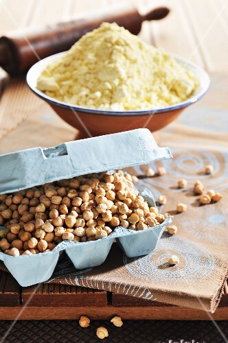 Chick-peas and chick-pea flour