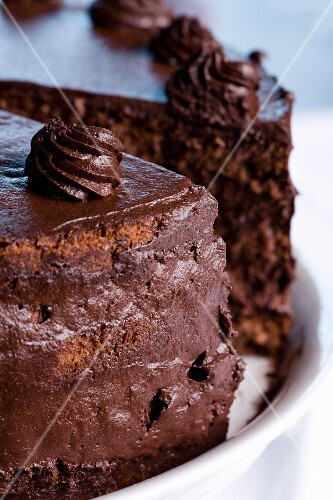Chocolate cake, sliced (close-up)