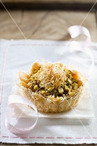 Apple and pistachio knafeh