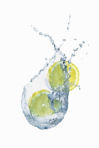 A splash of water with slices of lemon