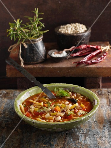 Minestrone toscano (Italian bean stew with cabbage and carrots)