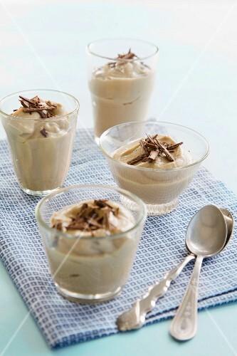 Suagr-free coconut and cardamom puddings
