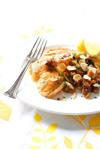 Baked fillet of fish with dried fruit compote