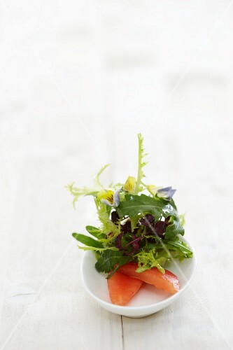 A summer salad with edible flowers