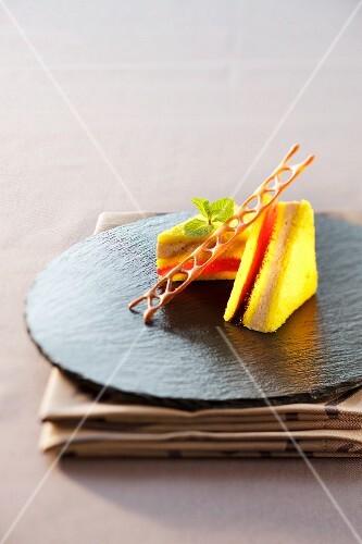 Saffron cake