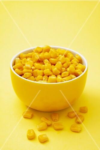 Sweetcorn in a yellow bowl