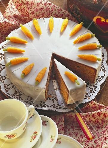Swiss carrot cake, a piece cut