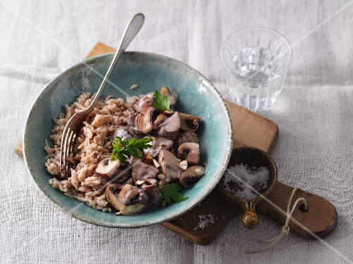 Spätzle (soft egg noodles from Swabia) with mushrooms and hazelnuts