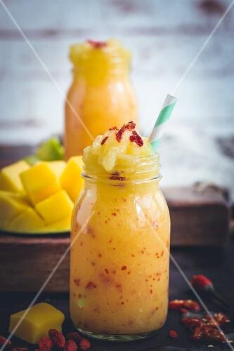 Mango-Chili-Smoothie
