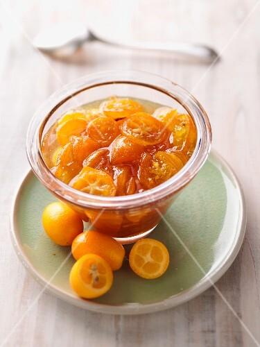 Kumquat jam with sliced fruit