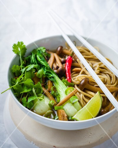 Oriental noodle soup with shimeji mushrooms and bok choy
