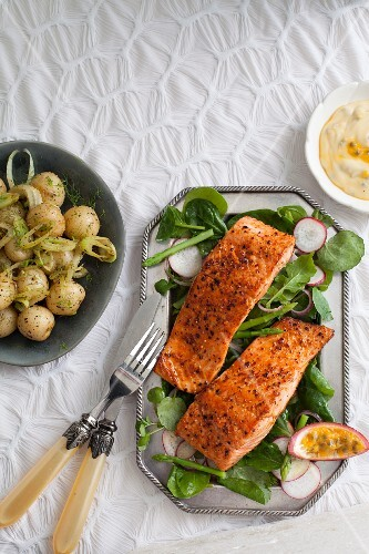 Grilled salmon steaks with passion fruit Hollandaise sauce