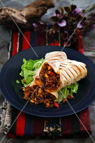 Burritos with minced meat, beans and sweetcorn (Mexico)