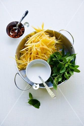 Ingredients for Gaeng Malago Ohn Sai Gai (red curry with papaya and chicken)