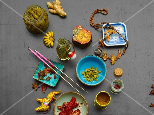 Spices and decorations from various countries