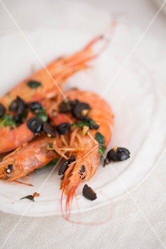 Gambas with olives