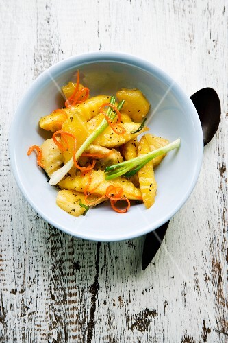 Pad Ponlamaai Ruam (fruit and vegetables fried in garlic, Thailand)