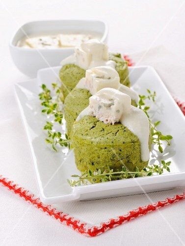 Green bean timbale with cheese sauce