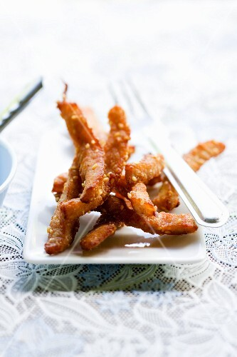 Nüa Däd Diau (fried pork strips, Thailand)