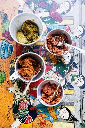 Various Thai curry pastes