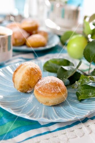 Apple doughnuts with sugar