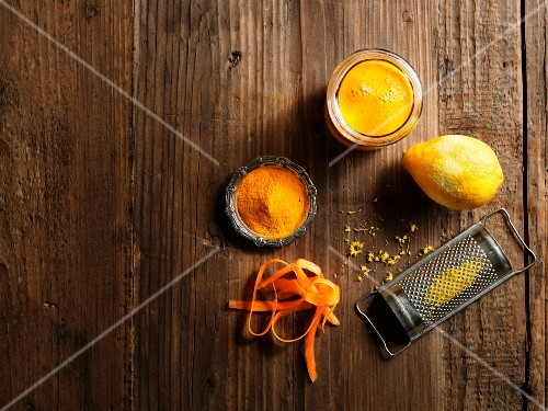 A yellow smoothie with carrots, lemon zest and turmeric