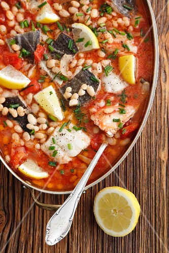 Braised cod with tomatoes and pearl beans