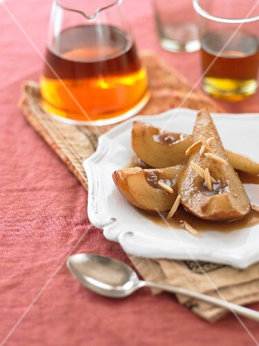 Spiced pears with slivered almonds