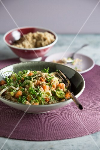 Amaranth risotto with grated walnuts