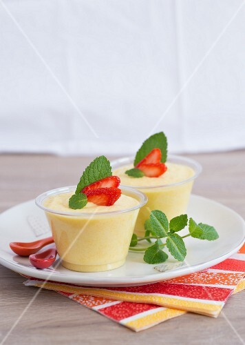 Mango mousse with strawberries and mint