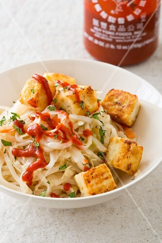 Rice noodles with crispy tofu and cabbage (Asia)