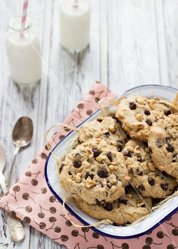 Chocolate chip cookies with chestnuts