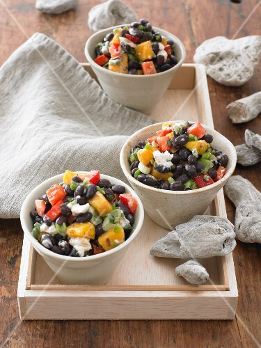 Black bean salad with peppers