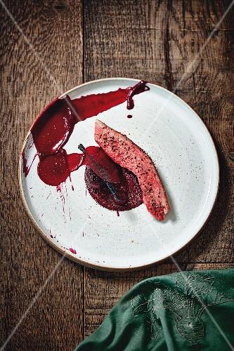 Duck cooked with hay, beetroot and liquorice by Gert De Mangeleer, Restaurant Less