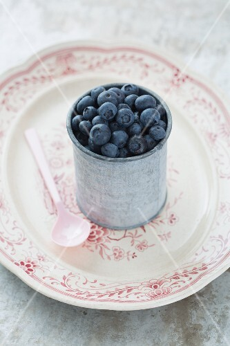 A tin of blueberries