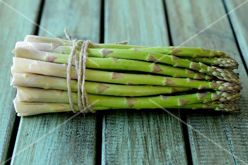 A bundle of fresh green asparagus