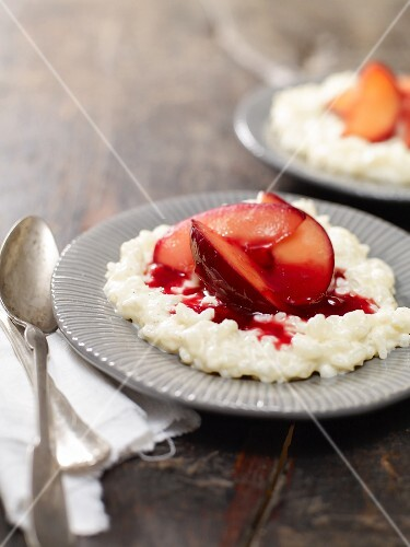 Rice pudding with plum compote