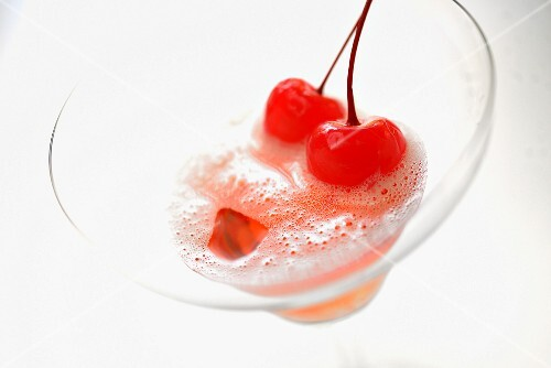 A Mon Cheri cocktail with cherries