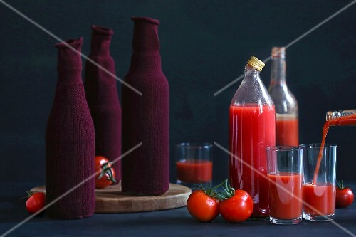 Tomato juice test in covered bottles