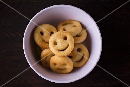 Potato smileys in a light bowl