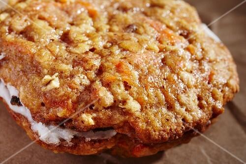 Carrot cake whoppie pie (Pennsylvania, USA)