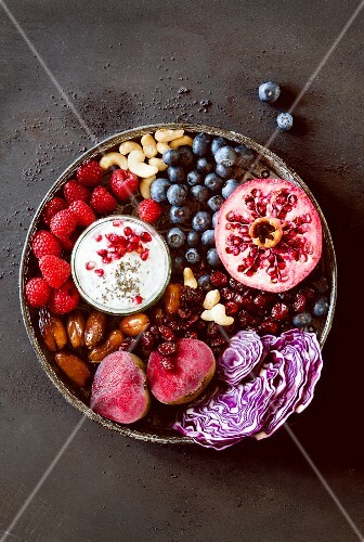 Red superfoods (fruit and vegetables)