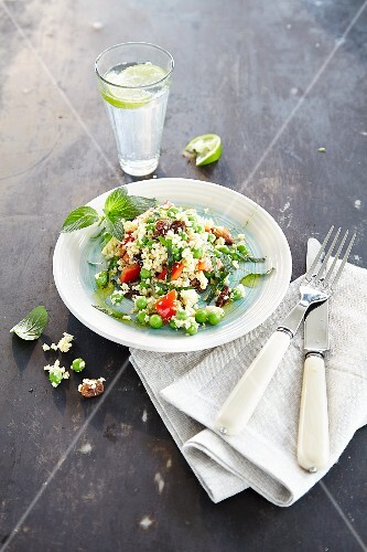 Couscous salad with peas