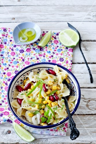 Cold Mexican-style farfalle salad