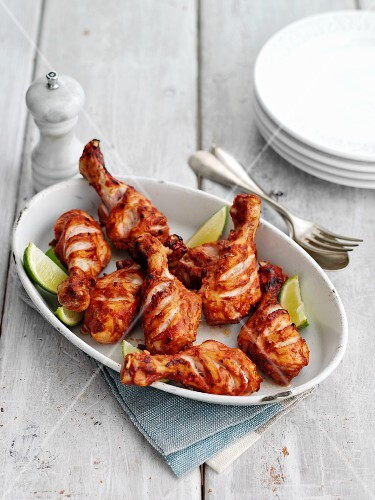 Spicy chicken drumsticks with lime