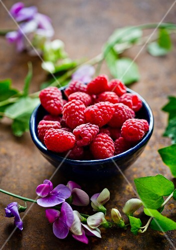 A bowl of fresh raspberries