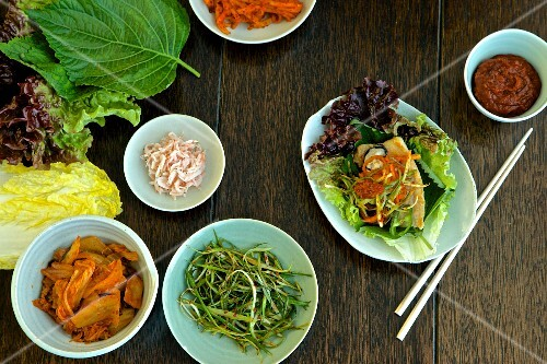 Fish fillet with various side dishes (Korea)